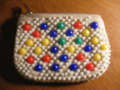 vintage beaded coin purse with zipper