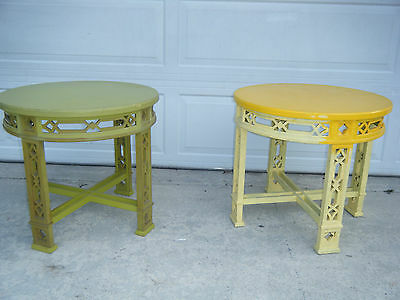 Pair Of Vintage MCM 1971 Thomasville Chinese Chippendale Fret Round Tables