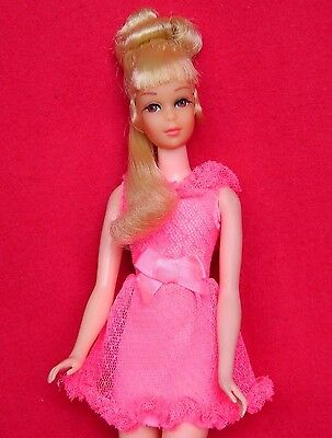 VINTAGE MOD GROWIN' PRETTY HAIR FRANCIE BARBIE DOLL w/ PINK POWER OUTFIT