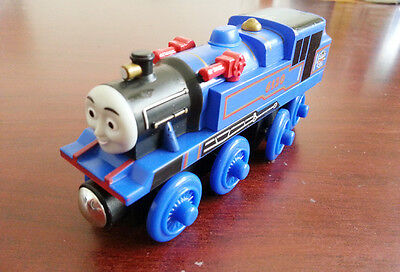 NEW WOODEN magnetic THOMAS friend The Tank Engine Train- BELLE