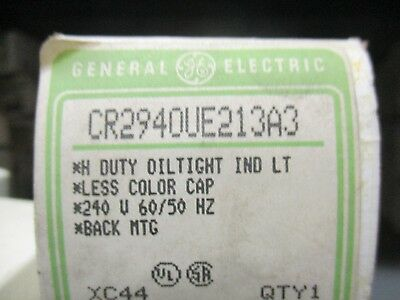 GE RED LENS HD OILTIGHT INDICATOR LIGHT CR104PLG22R NIB