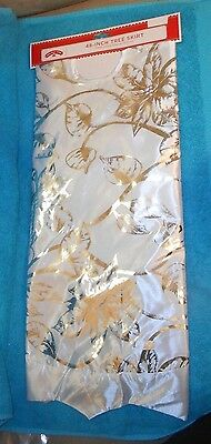 """Holiday Time 48"""" Christmas Tree Skirt White/Silver Floral - Brand NEW w/Tag"""