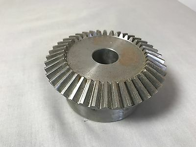 "Boston Gear L155Y-G Bevel Gear, Ratio 2:1, 7/8"" Bore, 10 Pitch, 40 Tooth"