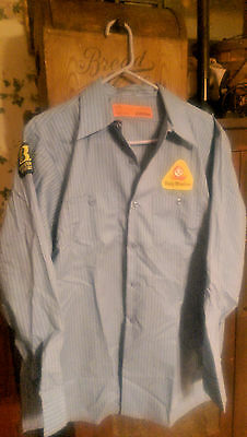 Dolly Madison Bakery - Mens work shirt - Dolly Madison patch - Size Large