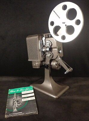 Vintage 1930'S KODASCOPE EIGHT MODEL 70 A 8MM PROJECTOR with REEL & MANUAL Rare!