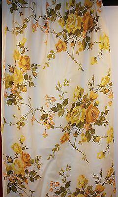 1 pair of 1950s / 60s CURTAINS.YELLOW ROSES ON CREAM.