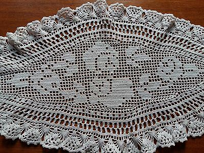 ANTIQUE Vintage Handmade Crochet Lace Centerpiece Topper White Oval 100% Cotton