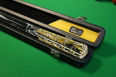 Embassy World Snooker Sheffield 2004 Glass Cue and Cheddar, Chesworth Cues