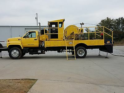 Coiled Tubing Rig Yellow C-6500 Diesel With Control Cab
