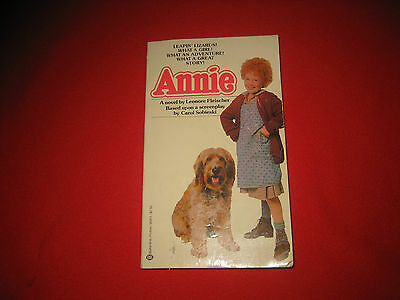 Lot 6 dog bks Big Red Benjy  Lassie Annie Beethoven 's 2nd Space Dogs on Planet