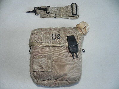 US Military Surplus Collapsible Canteen New Carrier W/Sling (Used) 2 Quart Tan