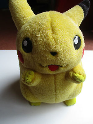 Pokemon Talking Pikachu Plush Tiger 2000 FREE POSTAGE