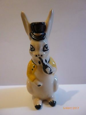 Wade-MR RABBIT SALT POT COLOURWAY
