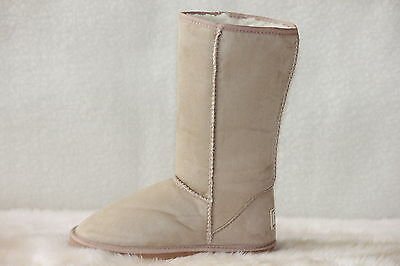 Ugg Boots Tall, Synthetic Wool, Size 4 for Youth Children, Colour Beige