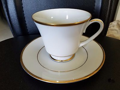 Noritake Heritage Fine Bone China Footed Cup And Saucer 2982 Gold Trim