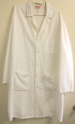 "Lab Coats Size XL White Men's Long Length 40"" $5.00 Each Used But Still Nice"