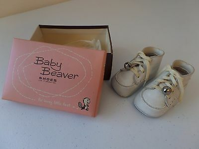 Baby Beaver Shoes Size 1 White Laces With Bells Soft Soles Vintage Original Box