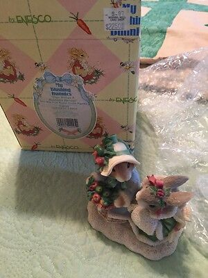 My Blushing Bunnies 1996 Enesco Hope Brings A Bountiful Basket