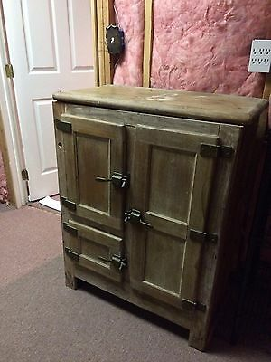 Antique Vintage Ice Box - Local pick-up only (New Jersey)