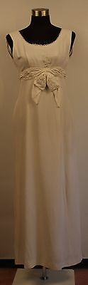 VERY SMALL CREPE WHITE 1960's LONG DRESS. PARTY OR WEDDING. ORIGINAL VINTAGE.