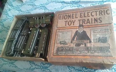 Lionel Electric Train Set WITH BOX NYC LINES ENGINE #33 OUTFIT #34 Pre-War