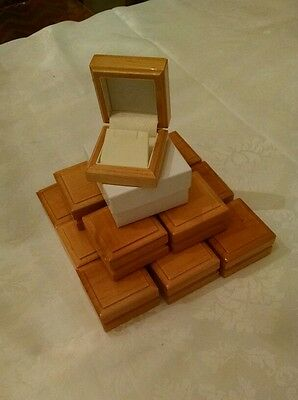 Lot of 20 wooden earring boxes