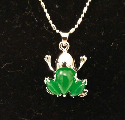 Green Jade Necklace Pendant Silver Chain FROG Toad Gift bag 44cm