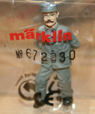 (H 8/3) Märklin Figurine 1 Gauge 672030 Railway Workers Luggage Carrier NEW