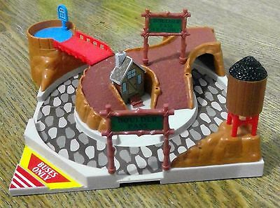 Micro Machines Hiways and Byways Boulder Pass Lewis Galoob Off-Road Playset(#42)