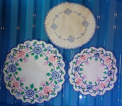 """VINTAGE 3 embroidered tray small round cloths  8"""" x 20 cm (VC145)"""