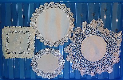 VINTAGE floral lace tray small cloth crochet set of 4 assorted (VC151)