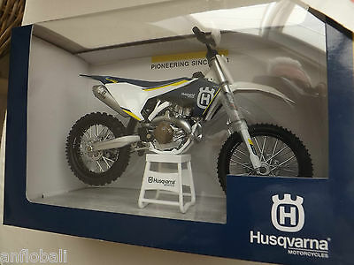 New Moto Miniature Husqvarna Fc 450 Moto Cross Reproduction Constructeur 1/12°