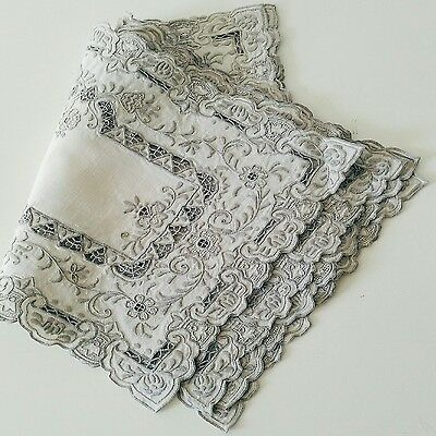 set 4 Grey Embroided White Napkins Place Mats