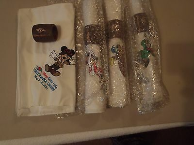 Disney Cruise Line Alaska Napkin & Holder Set - Set of 4 - NEW