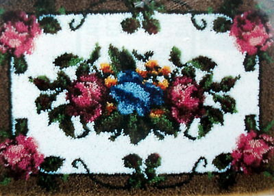 "Caron Large Latch Hook Rug Making Kit ""elegant Roses"""