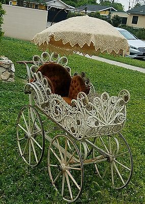1800's ANTIQUE VICTORIAN WICKER FULL SIZE BABY CARRIAGE WITH UMBRELLA