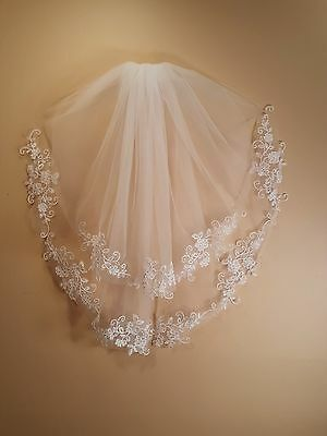 "Wedding 2 Tier White Veil Elbow Length 30"" W/Clear Comb"