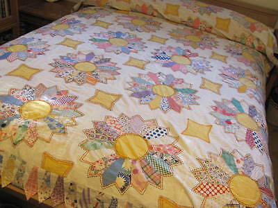 Vintage Quilt Top Bold Dresden Plate Hand Stitch Scalloped pointy Edge