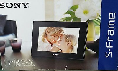 """Sony S-Frame DPF-D70 7"""" Premium Digital Photo Picture Frame - Brand New In Box"""