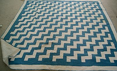 STREAK LIGHTNING Quilt blue white zig zag 74 x 74 antique vintage