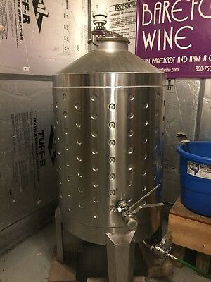 stainless steel wine tank,excellent condition,holds 120 gallons
