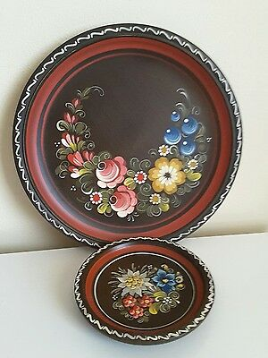 FOLK ART Wood FLORAL Wall PLATES.