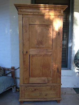 Exquisite Primitive Pine Wardrobe