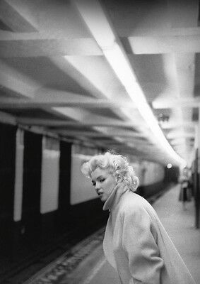 """'Marilyn In Grand Central'1955 NYC Original LARGE 20 x 16"""" Silver Gelatin print"""