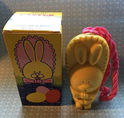 Avon Easter Bonnet Bunny Soap On A Rope BXC
