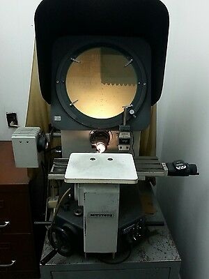 Mitutoyo optical comparator model# PH350.10&20X zoom lenses.PERFECT SHAPE!