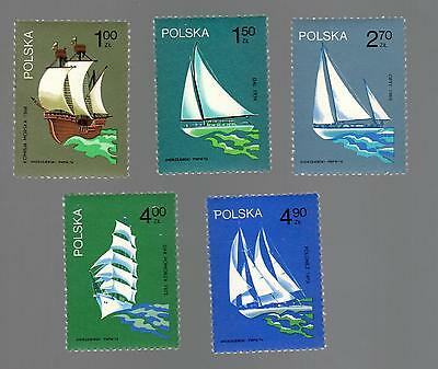 POLAND 1974 - Set of 5 Stamps - Polish Sailing Ships - #2038 -  #2042