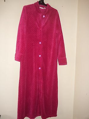 LADIES SLEEPWEAR DRESSING GOWN ROBE GIVONI SIZE S  WINTER crimson pink