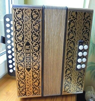 ACCORDEON diatonique HOHNER GERMANY 2915 G-C sol do,Excellent Etat faire offre!!
