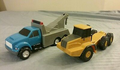 "2 Ertl Diecast Cars Vintage Collectible 5"" Construction Vehicles #114"